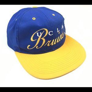 VINTAGE UCLA BRUINS SNAPBACK HAT CAP SCRIPT LOGO